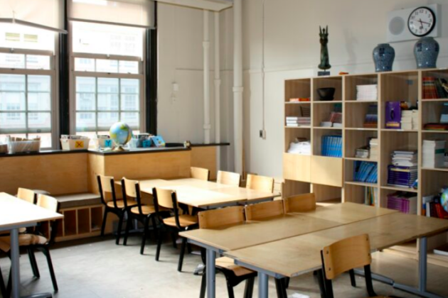 Photo of an empty classroom.